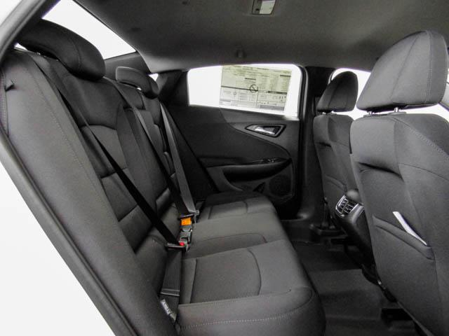 2019 Chevrolet Malibu LT (Stk: M9-61770) in Burnaby - Image 9 of 12