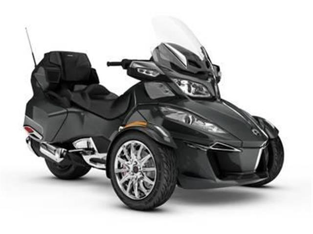 New 2018 Can-Am Spyder® RT Limited Chrome   - SASKATOON - FFUN Motorsports Saskatoon