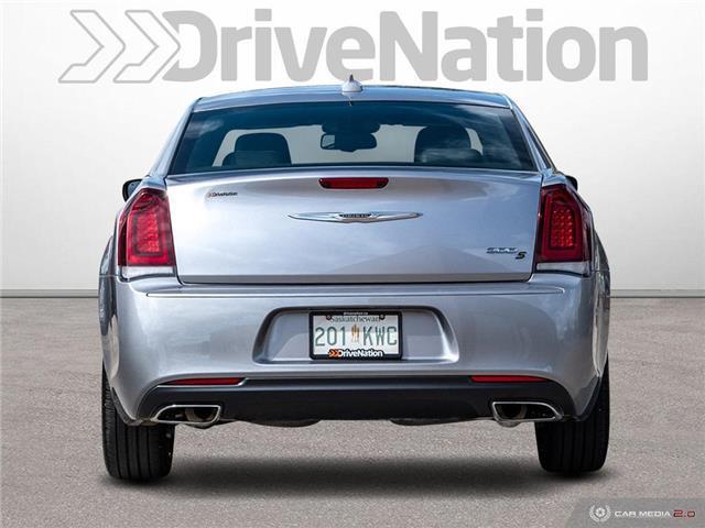 2018 Chrysler 300 S (Stk: D1412) in Regina - Image 5 of 27