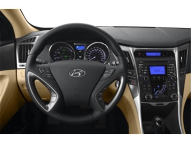 2013 Hyundai Sonata Hybrid Limited (Stk: 074247) in Truro - Image 2 of 8