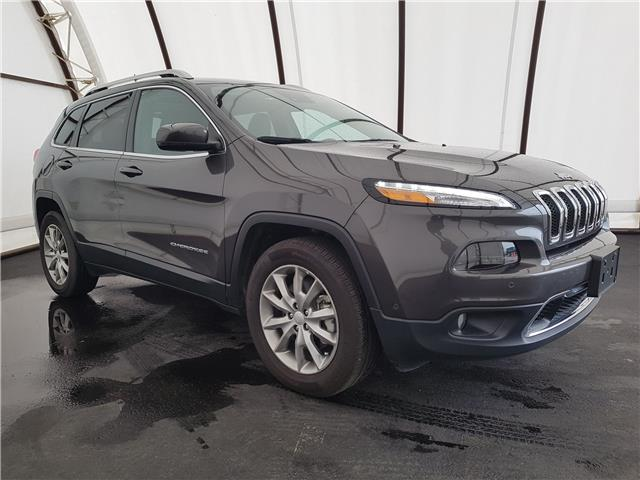 2018 Jeep Cherokee Limited (Stk: 1810241) in Thunder Bay - Image 1 of 26