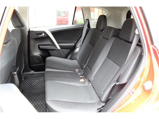 2015 Toyota RAV4 XLE (Stk: 401013) in Saskatoon - Image 13 of 22