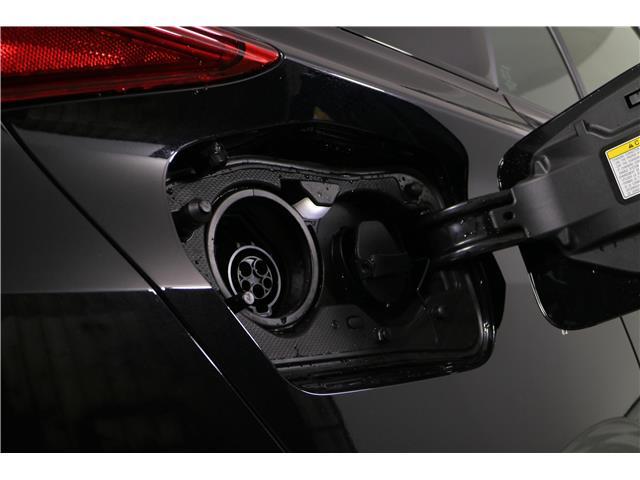 2020 Toyota Prius Prime Upgrade (Stk: 293524) in Markham - Image 12 of 26