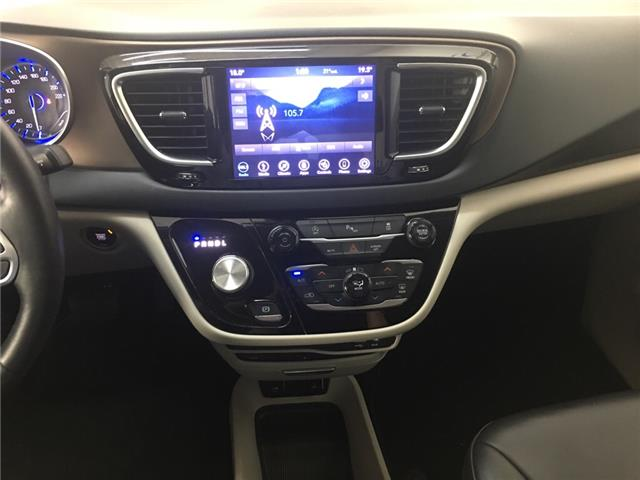 2018 Chrysler Pacifica Touring-L Plus (Stk: 35364W) in Belleville - Image 8 of 26