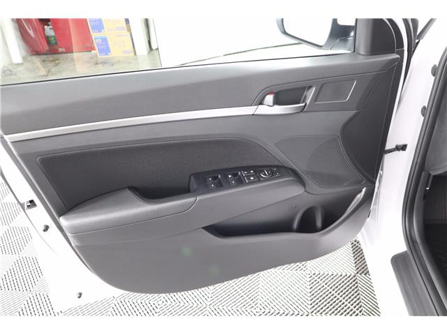 2020 Hyundai Elantra Preferred w/Sun & Safety Package (Stk: 120-010) in Huntsville - Image 17 of 34