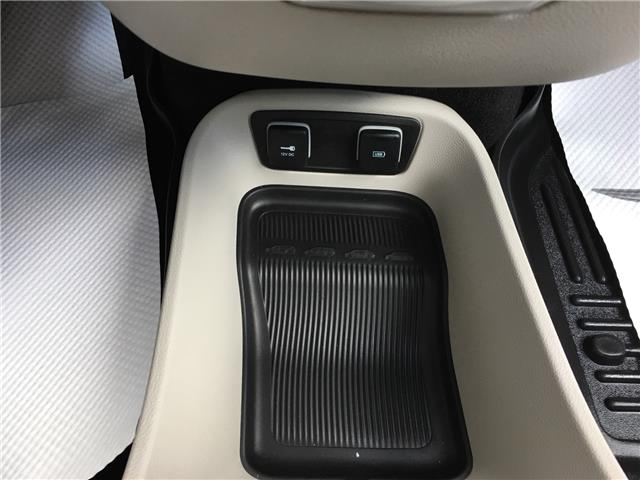 2017 Chrysler Pacifica Limited (Stk: 19GH4836A) in Devon - Image 16 of 17