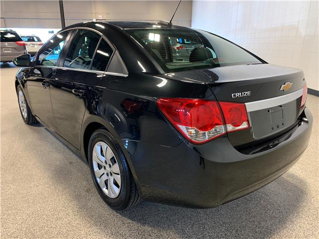 2016 Chevrolet Cruze Limited 1LT (Stk: P12106) in Calgary - Image 7 of 17