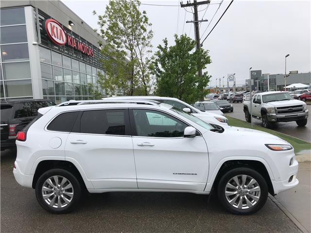 2017 Jeep Cherokee Overland (Stk: 21397A) in Edmonton - Image 2 of 29