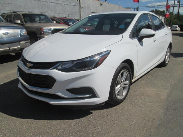 2017 Chevrolet Cruze LT Auto (Stk: bp701) in Saskatoon - Image 2 of 18
