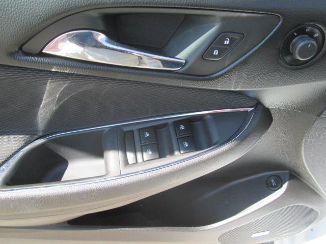 2017 Chevrolet Cruze LT Auto (Stk: bp701) in Saskatoon - Image 9 of 18