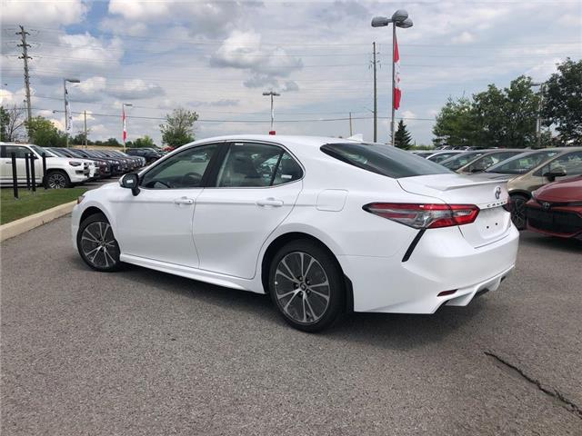 2019 Toyota Camry SE (Stk: 31087) in Aurora - Image 2 of 14