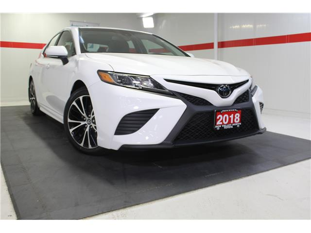 2018 Toyota Camry SE (Stk: 298805S) in Markham - Image 1 of 25