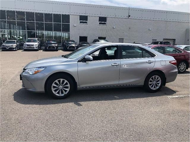 2016 Toyota Camry LE (Stk: u2710) in Vaughan - Image 2 of 15