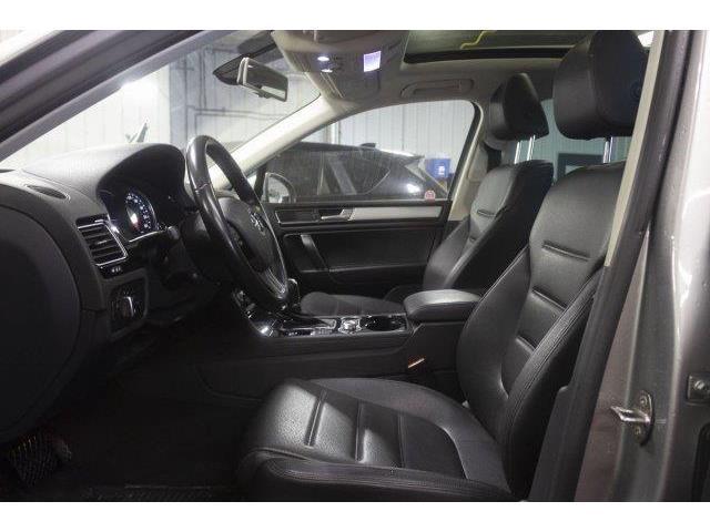 2016 Volkswagen Touareg 3.6L Comfortline (Stk: 19116A) in Prince Albert - Image 9 of 11