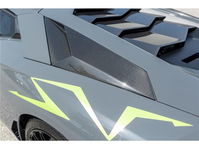 2017 Lamborghini Aventador SV|750 HP!|6.5L V12|1 OF 600|TWO TONE INTERIOR (Stk: 19HMS662) in Mississauga - Image 12 of 30