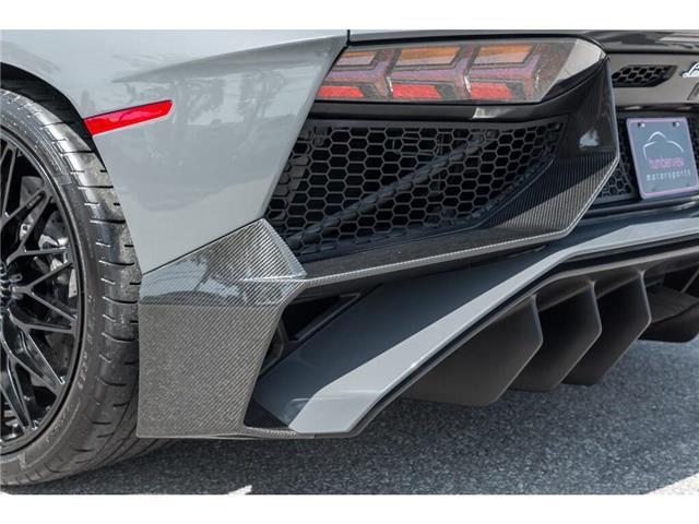 2017 Lamborghini Aventador SV|750 HP!|6.5L V12|1 OF 600|TWO TONE INTERIOR (Stk: 19HMS662) in Mississauga - Image 14 of 30