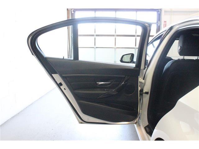 2015 BMW 328d xDrive (Stk: 291238) in Vaughan - Image 11 of 29