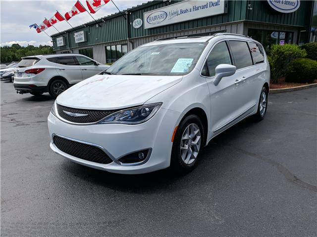 2018 Chrysler Pacifica Touring-L Plus (Stk: 10470) in Lower Sackville - Image 1 of 23