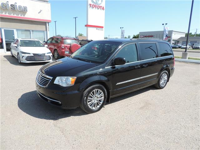 2014 Chrysler Town & Country Touring-L (Stk: 184701) in Brandon - Image 2 of 22