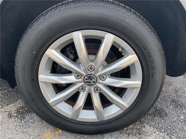 2016 Volkswagen Touareg 3.0 TDI Comfortline (Stk: 18680) in Oakville - Image 9 of 17