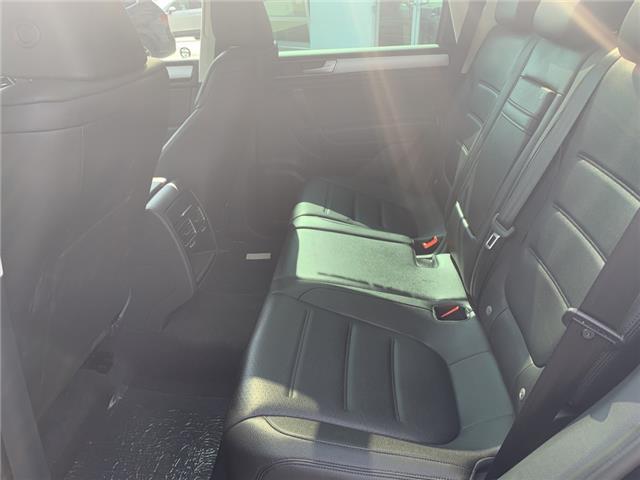 2016 Volkswagen Touareg 3.0 TDI Comfortline (Stk: 18680) in Oakville - Image 12 of 17