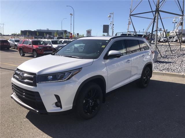 2019 Toyota Highlander XLE AWD SE Package (Stk: 190368) in Cochrane - Image 1 of 14