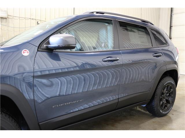 2019 Jeep Cherokee Trailhawk (Stk: KT106) in Rocky Mountain House - Image 5 of 28