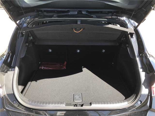 2019 Toyota Corolla Hatchback SE Upgrade Package (Stk: 190375) in Cochrane - Image 11 of 15