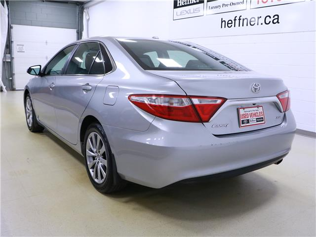 2015 Toyota Camry XLE (Stk: 195691) in Kitchener - Image 3 of 32