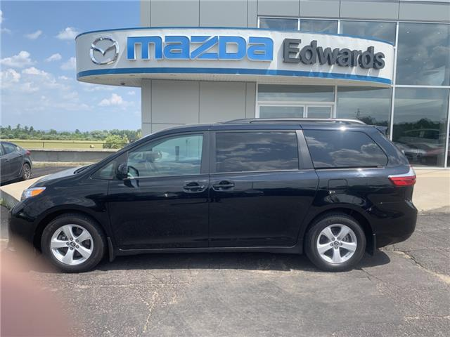 2018 Toyota Sienna LE 8-Passenger (Stk: 21687) in Pembroke - Image 1 of 13
