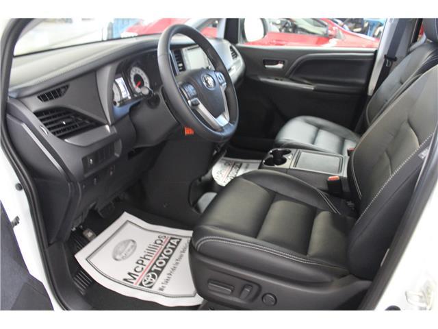 2020 Toyota Sienna SE 8-Passenger (Stk: S035557) in Winnipeg - Image 7 of 21