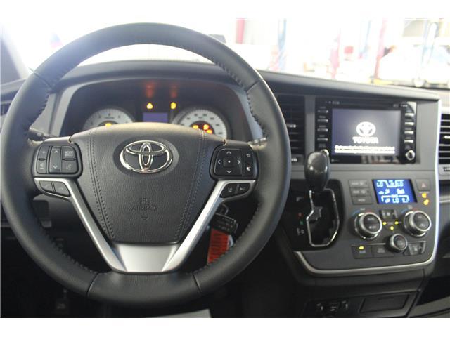 2020 Toyota Sienna SE 8-Passenger (Stk: S035557) in Winnipeg - Image 10 of 21