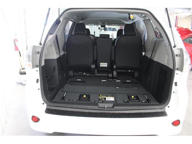 2020 Toyota Sienna SE 8-Passenger (Stk: S035557) in Winnipeg - Image 20 of 21
