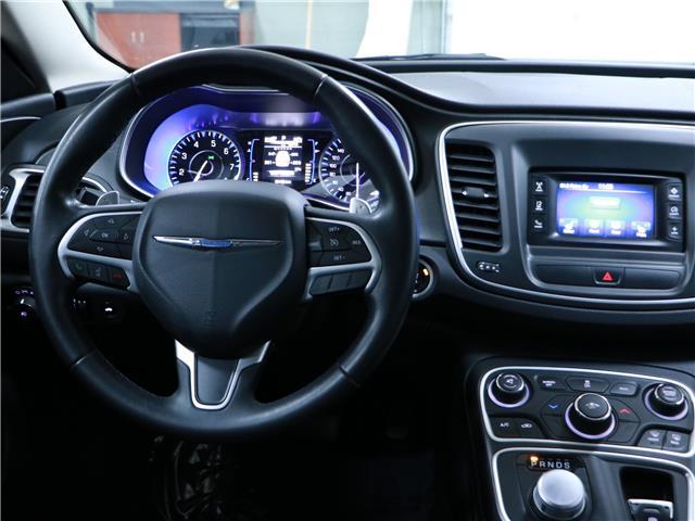 2015 Chrysler 200 Limited (Stk: 195671) in Kitchener - Image 6 of 29