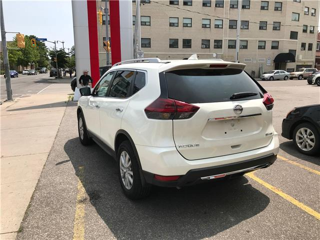 2018 Nissan Rogue SV SV AWD tech pkg  Super low millage Special! at