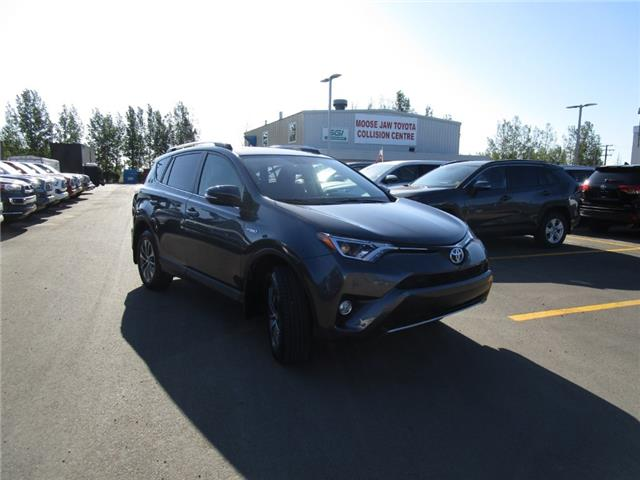 2016 Toyota RAV4 Hybrid XLE (Stk: 1991951) in Moose Jaw - Image 10 of 36