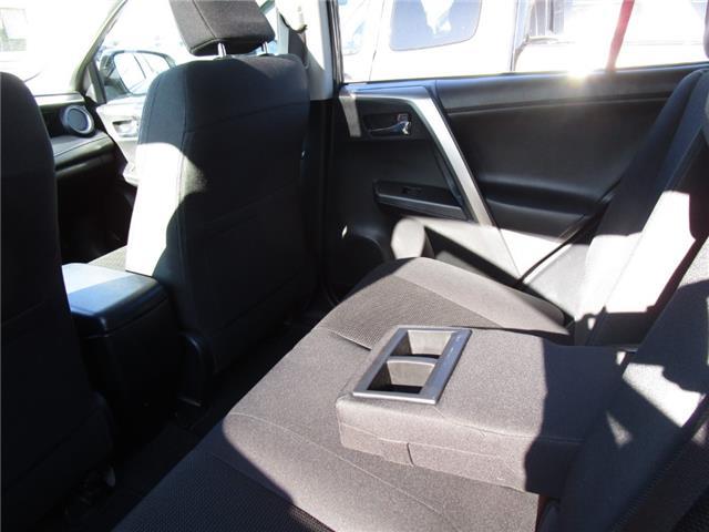 2016 Toyota RAV4 Hybrid XLE (Stk: 1991951) in Moose Jaw - Image 32 of 36