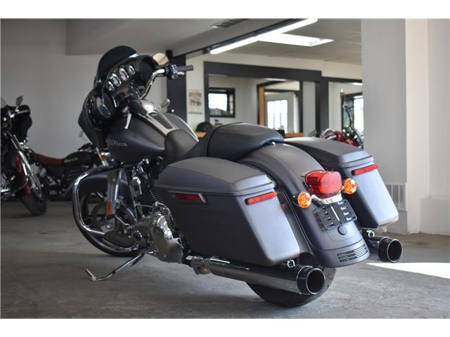 2016 Harley-Davidson FL- STREET GLIDE  (Stk: P36768) in Saskatoon - Image 3 of 7