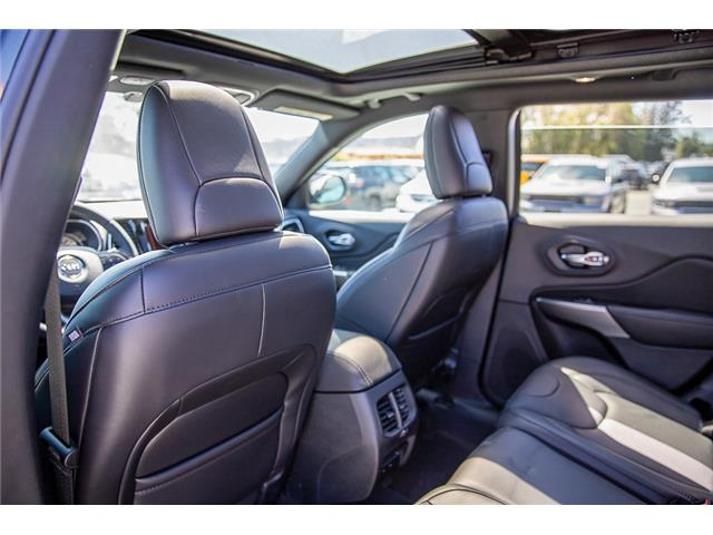 2019 Jeep Cherokee Limited (Stk: K450356) in Surrey - Image 12 of 26