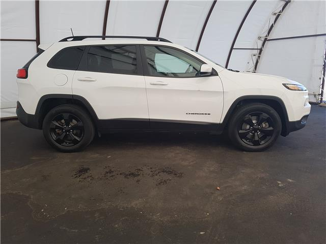 2016 Jeep Cherokee North (Stk: 1915781) in Thunder Bay - Image 2 of 22