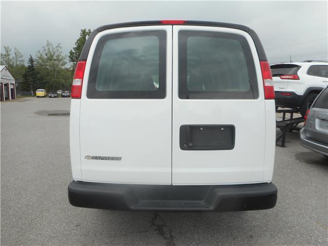 2018 Chevrolet Express 2500 Work Van (Stk: NC 3785) in Cameron - Image 4 of 10