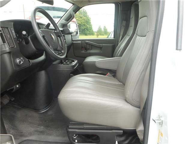 2018 Chevrolet Express 2500 Work Van (Stk: NC 3785) in Cameron - Image 5 of 10