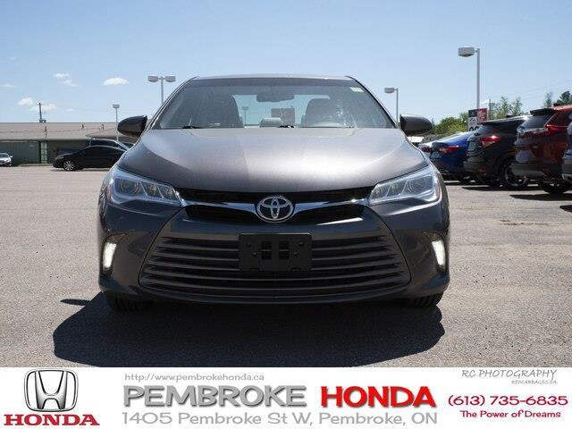 2015 Toyota Camry XLE V6 (Stk: 19225A) in Pembroke - Image 2 of 23