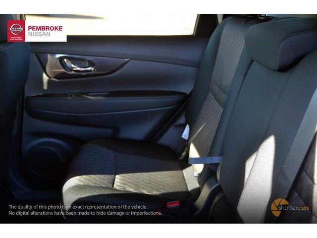 2019 Nissan Rogue SV (Stk: 19010) in Pembroke - Image 7 of 20