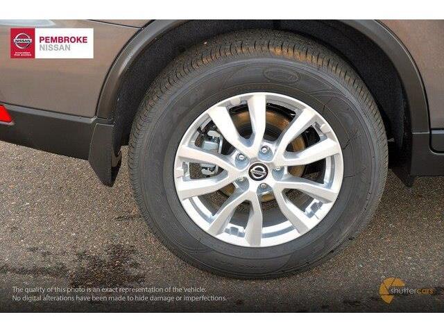 2019 Nissan Rogue SV (Stk: 19008) in Pembroke - Image 5 of 20