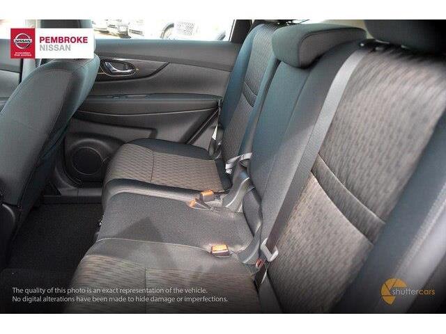 2018 Nissan Rogue S (Stk: SL18336) in Pembroke - Image 7 of 20