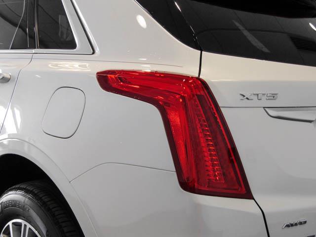 2019 Cadillac XT5 Luxury (Stk: C9-68320) in Burnaby - Image 12 of 24