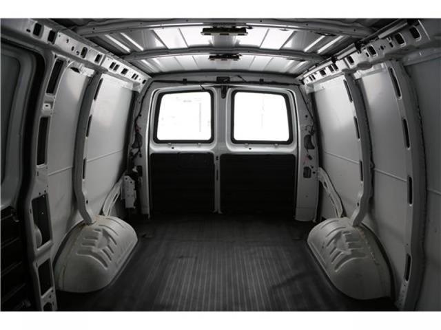 2017 Chevrolet Express 2500 1WT (Stk: 167633) in Medicine Hat - Image 18 of 23