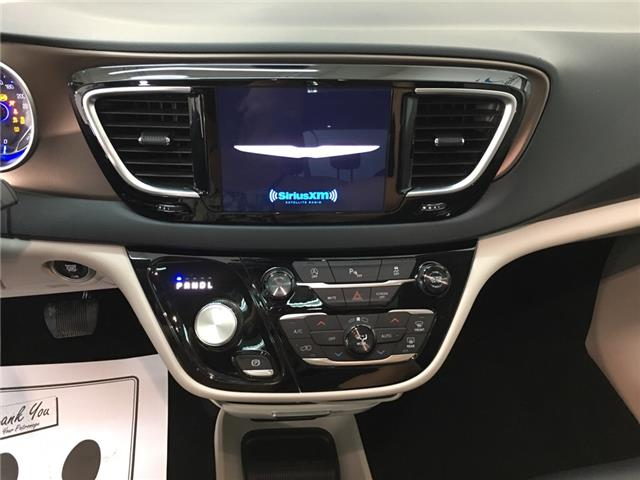 2018 Chrysler Pacifica Touring-L Plus (Stk: 35375W) in Belleville - Image 8 of 30