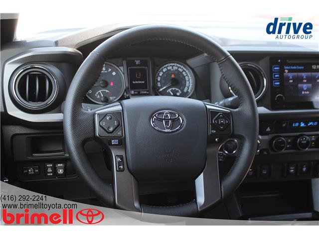 2017 Toyota Tacoma TRD Sport (Stk: 9917) in Scarborough - Image 13 of 29